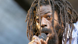 Buju Banton agrees not to bash homosexuals in lyrics