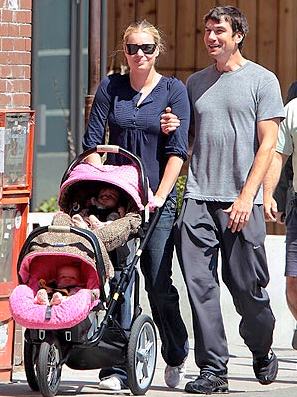 Jerry O'Connell, Rebecca Romijn and the twins