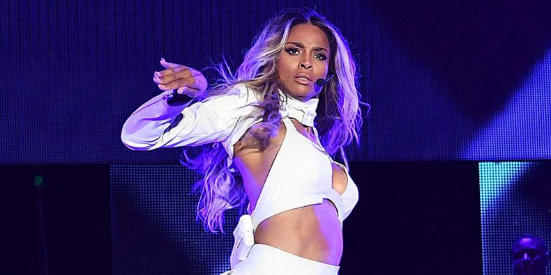 Ciara in concert