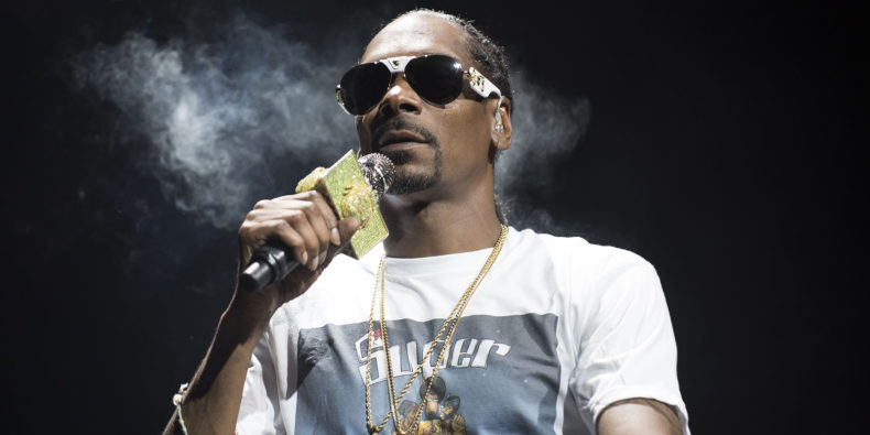 Snoop in concert