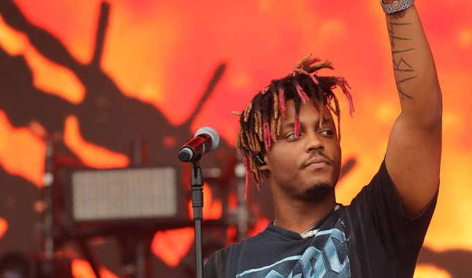Juice WRLD dies after after suffering cardiac arrest at Chicago Midway
