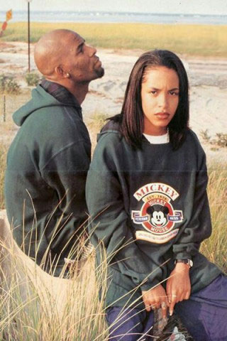 R. Kelly in a promo image with Aaliyah