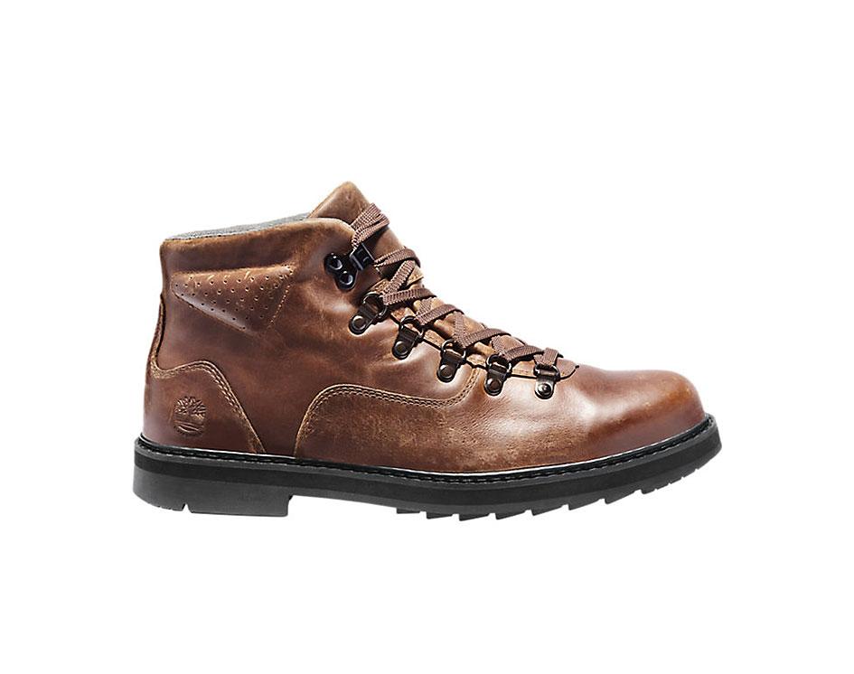 Squall Canyon Waterproof D-Ring Chukka Boots