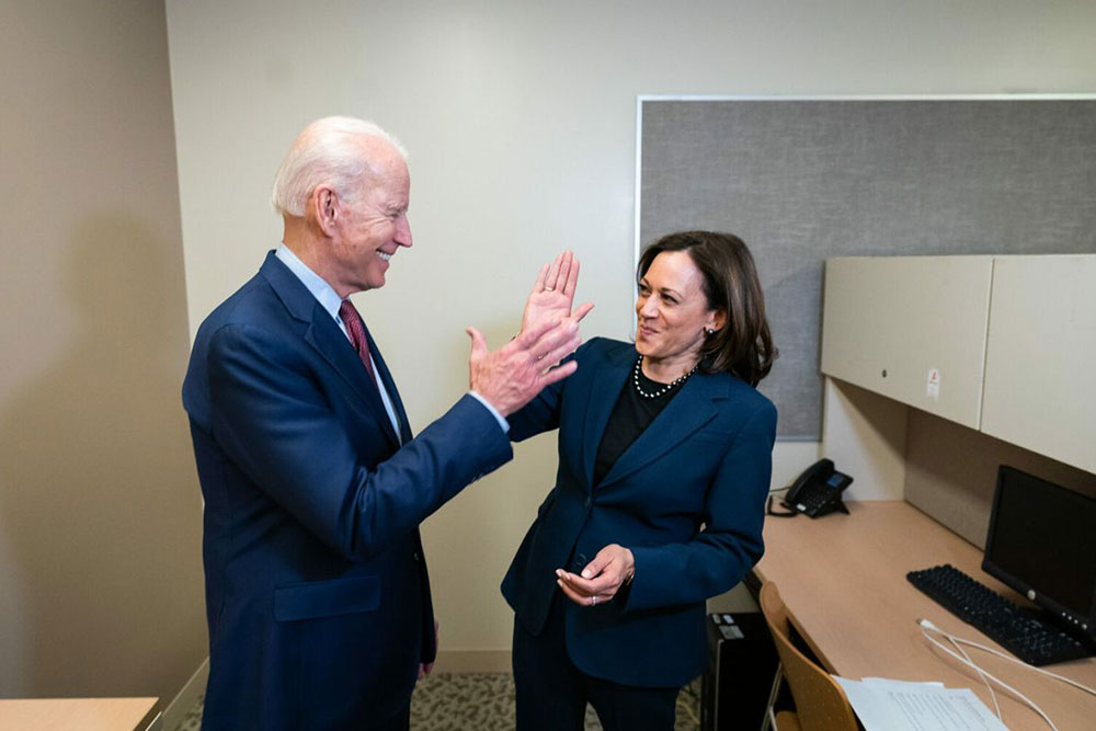 Joe Bien, Kamala Harris
